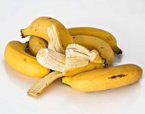 buccia di banana, come utilizzarla in casa per rimedi green fai da te